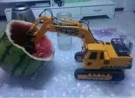山东人都是这样吃西瓜