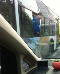 憋不住了,公交车上试过吗