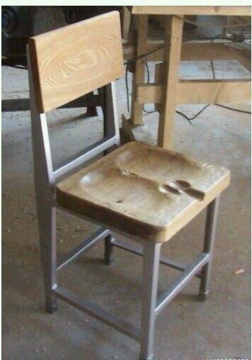 这个凳子坐着应该很舒服
