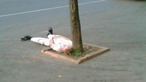躺着撒尿是喝酒炼成的